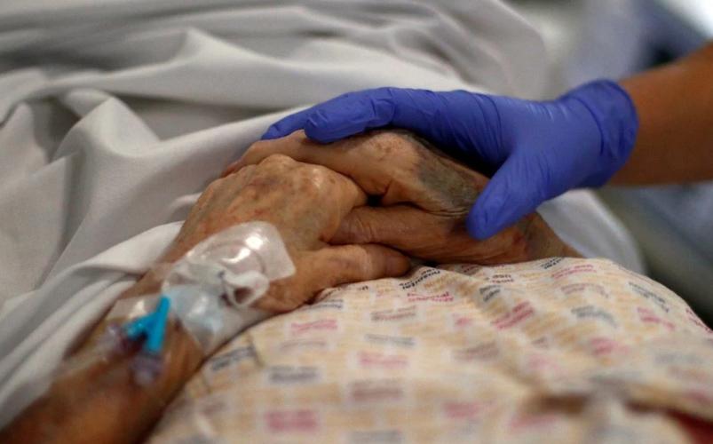 Revalorizan la importancia de los cuidados paliativos en tiempos de pandemia